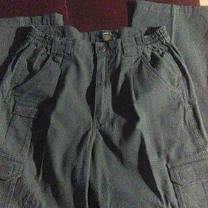 Cabela's outdoor gear pants in green